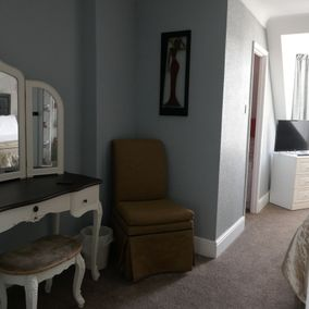 The Chesterfield Bed and Breakfast in Torquay, Devon | Penthouse suite